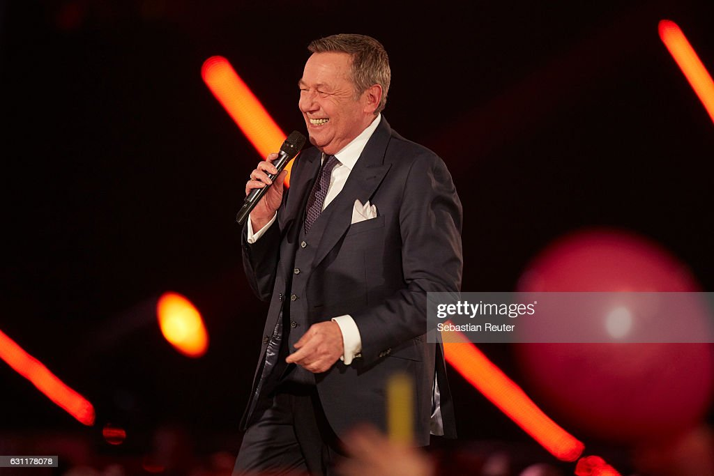 Roland Kaiser is seen on stage at the 'Das grosse Fest der Besten' tv show at Velodrom on January 7, 2017 in Berlin, Germany.