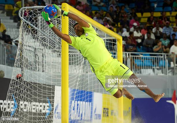 Rolando Gonzalez of Parguay in action during the FIFA Beach Soccer World Cup Bahamas 2017 group C match between United Arab Emirates and Paraguay at...