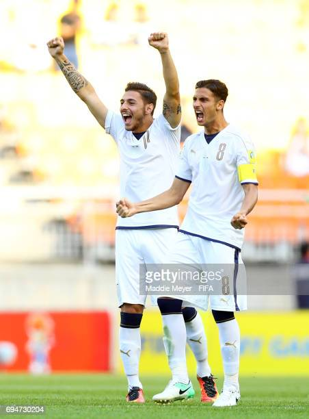 Rolando Mandragora and Matteo Pessina of Italy react during the penalty kick shoot out during the FIFA U20 World Cup Korea Republic 2017 3rd rank...