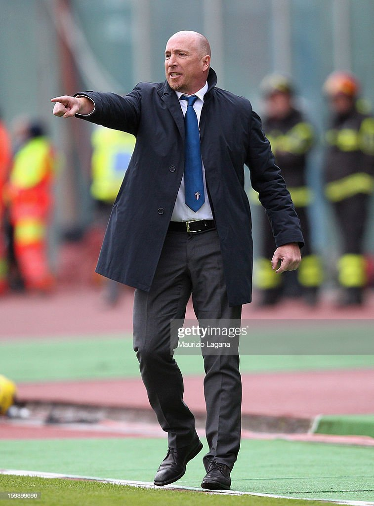 Rolando Maran head coach of Catania gestures during the Serie A match between Calcio Catania and AS Roma at Stadio Angelo Massimino on January 13, 2013 in Catania, Italy.