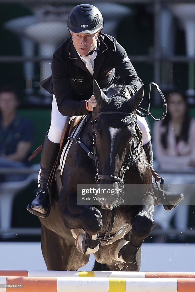 Rolf Goran Bengtsson in action on the horse Carusso LS La Silva during the Internacional Jumping Competition (1,45m) as part of the Athina Onassis International Horse Show at Sociedade Hipica Brasileira on September 03, 2011 in Rio de Janeiro, Brazil.