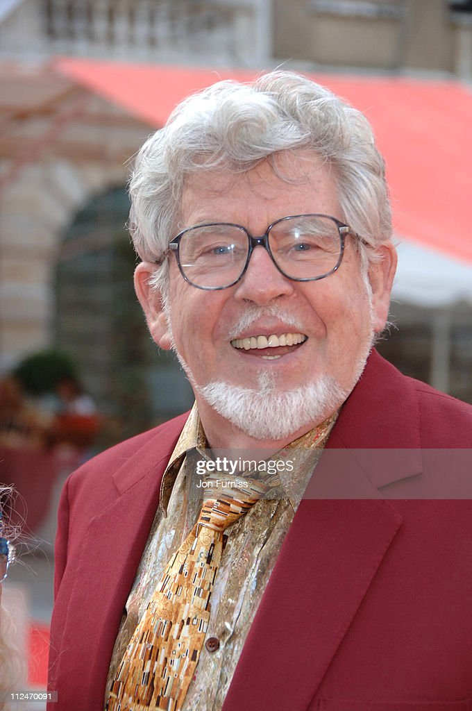 <a gi-track='captionPersonalityLinkClicked' href=/galleries/search?phrase=Rolf+Harris&family=editorial&specificpeople=160469 ng-click='$event.stopPropagation()'>Rolf Harris</a> during Royal Academy Summer Exhibition 2006 - Inside at Royal Academy Of Arts in London, Great Britain.