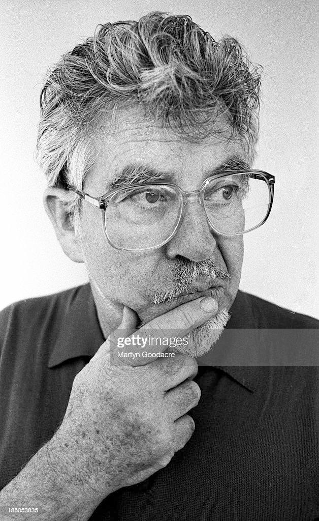 Rolf Harris, portrait, London, United Kingdom, 1997.