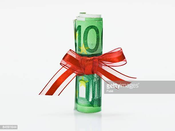 Rolled up Euros with Ribbon