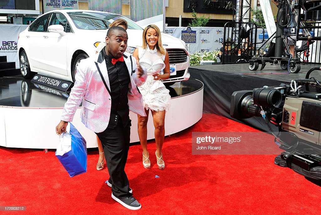 'Rollin' with Ford and the BET Awards' winner Byron Keaton Multicultural marketing manager for Ford Motor Company Shawn Thompson and TV personality...