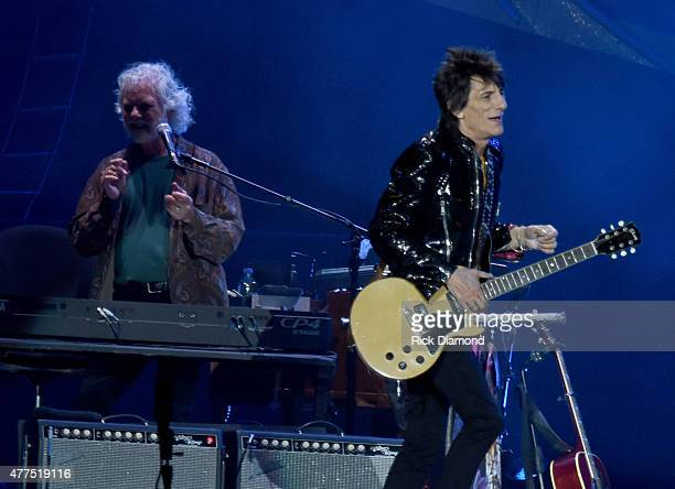 Rolling Stones Keyboardist Chuck Leavell and Ronnie Wood of The Rolling Stones perform during The Rolling Stones North American 'ZIP CODE' Tour...