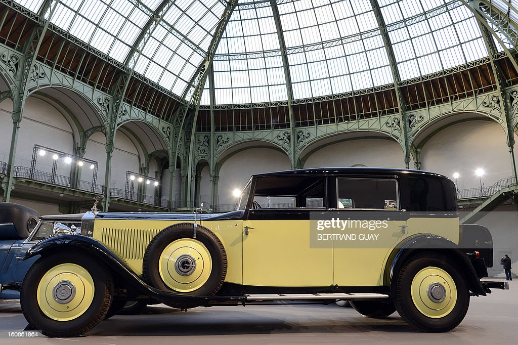 Rolls-Royce 40/50hp Phantom II Sedanca de Ville is displayed on February 6, 2013 at the Grand Palais in Paris on the eve of an auction of luxury vintage cars. 125 vintage motor cars, 100 collection motorbikes and a 1920's Gipsy Moth plane by De Havilland, will be auctionned at Bonhams on February 7. AFP PHOTO BERTRAND GUAY