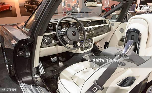 Rolls-Royce Phantom Drophead Coupe luxury interior convertible