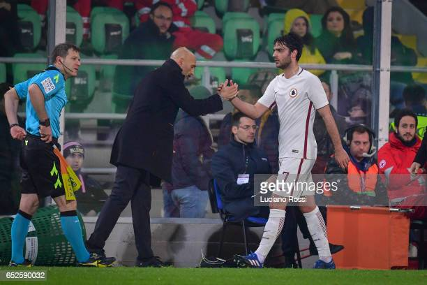 Roma coach Luciano Spalletti and Clement Grenier of AS Roma during the Serie A match between US Citta di Palermo and AS Roma at Stadio Renzo Barbera...