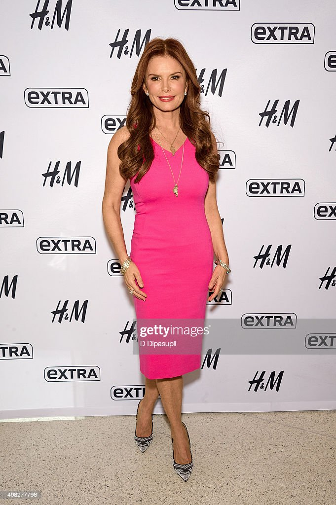 "Mark Burnett And Roma Downey Visit ""Extra"""