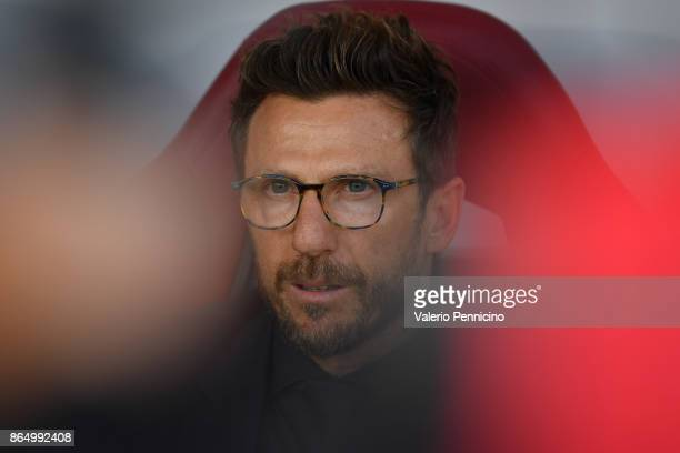 Roma head coach Eusebio Di Francesco looks on during the Serie A match between Torino FC and AS Roma at Stadio Olimpico di Torino on October 22 2017...