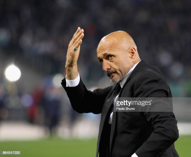 Roma head coach Luciano Spalletti greets the fans before the TIM Cup match between AS Roma and SS Lazio at Stadio Olimpico on April 4 2017 in Rome...