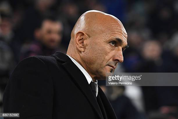Roma head coach Luciano Spalletti looks on during the Serie A match between Juventus FC and AS Roma at Juventus Stadium on December 17 2016 in Turin...