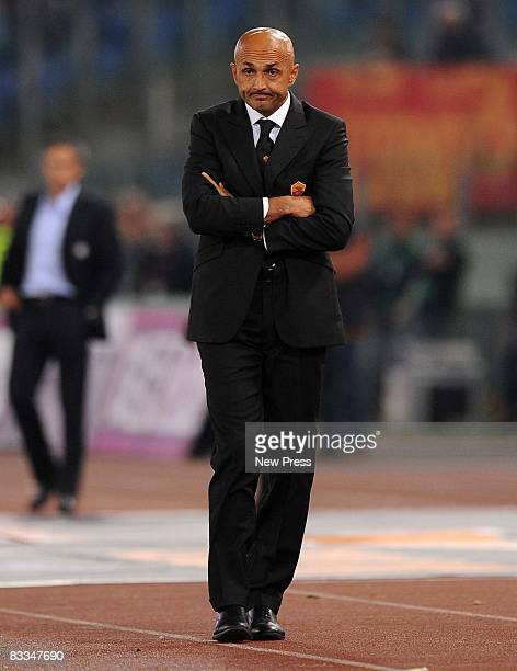 Roma head coach Luciano Spalletti looks on during the Serie A match between Roma and Inter at the Stadio Olimpico on October 19 2008 in Roma Italy