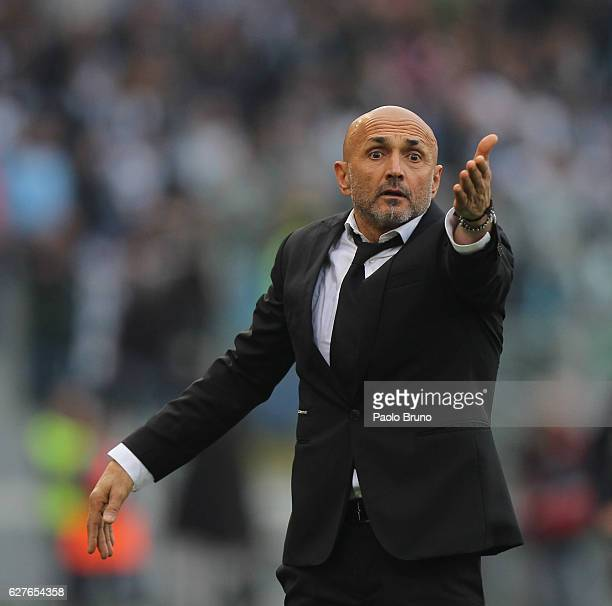 Roma head coach Luciano Spalletti reacts during the Serie A match between SS Lazio and AS Roma at Stadio Olimpico on December 4 2016 in Rome Italy