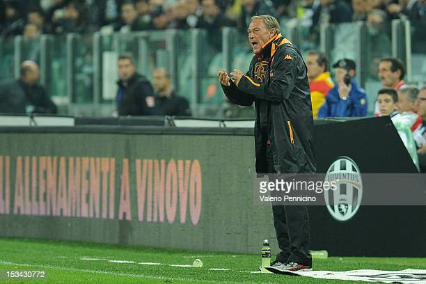 Roma head coach Zdenek Zeman shouts to his players during the Serie A match between Juventus FC and AS Roma at Juventus Arena on September 29 2012 in...