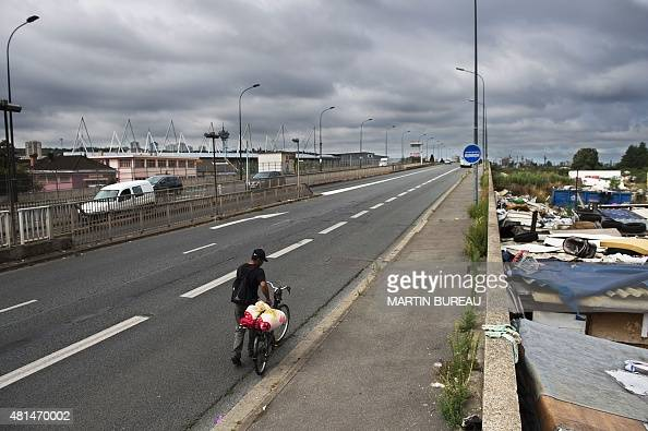 the status of roma immigrants in france Approximately 20,000 roma currently live in france, over half of them  no  matter what the family's background, origin, or living situation is.