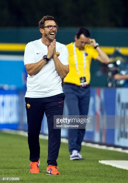 Roma manager Eusebio Di Francesco reacts on the sideline during an International Champions Cup match between AS Roma and Paris SaintGermain on July...