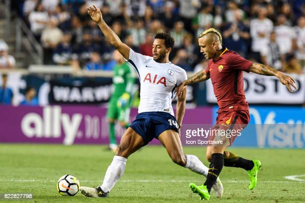 Roma midfielder Radja Nainggolan defends against Tottenham Hotspur midfielder GeorgesKevin Nkoudou during the second half of the International...