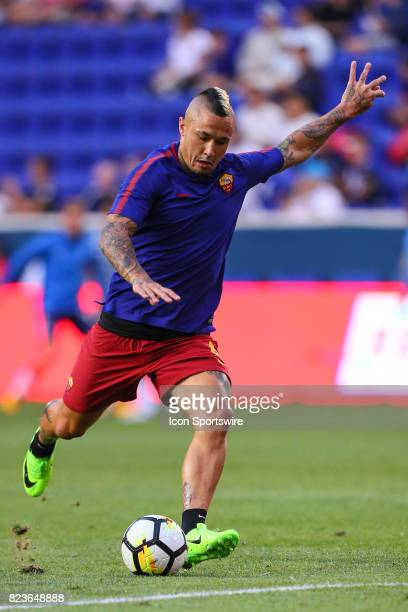 Roma midfielder Radja Nainggolan during warm ups prior to the International Champions Cup soccer game between Tottenham Hotspur and Roma on July 25...