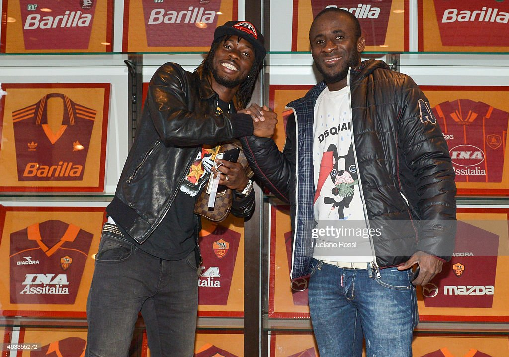 AS Roma new player <a gi-track='captionPersonalityLinkClicked' href=/galleries/search?phrase=Seydou+Doumbia&family=editorial&specificpeople=5546505 ng-click='$event.stopPropagation()'>Seydou Doumbia</a> with Ivory Coast and Roma teammate <a gi-track='captionPersonalityLinkClicked' href=/galleries/search?phrase=Gervinho&family=editorial&specificpeople=4500752 ng-click='$event.stopPropagation()'>Gervinho</a> at Centro Sportivo Fulvio Bernardini on February 13, 2015 in Rome, Italy.