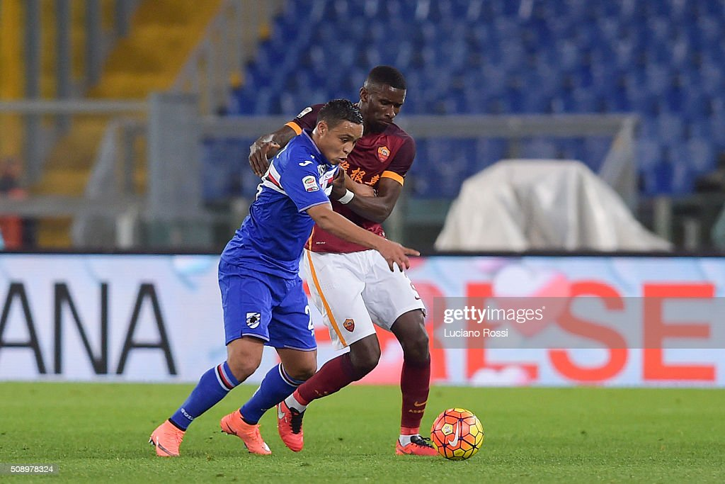 AS Roma player Antonio Rudiger (R) competes with UC Sampdoria player <a gi-track='captionPersonalityLinkClicked' href=/galleries/search?phrase=Luis+Muriel&family=editorial&specificpeople=8007067 ng-click='$event.stopPropagation()'>Luis Muriel</a> during the Serie A match between AS Roma and UC Sampdoria at Stadio Olimpico on February 7, 2016 in Rome, Italy.