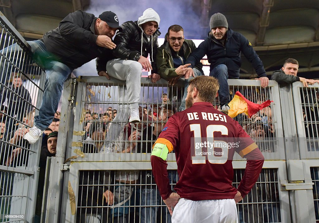 Roma player Daniel De Rossi speaks with fans after the game the UEFA Europa League Round of 16 match between AS Roma and ACF Fiorentina at Olimpico...