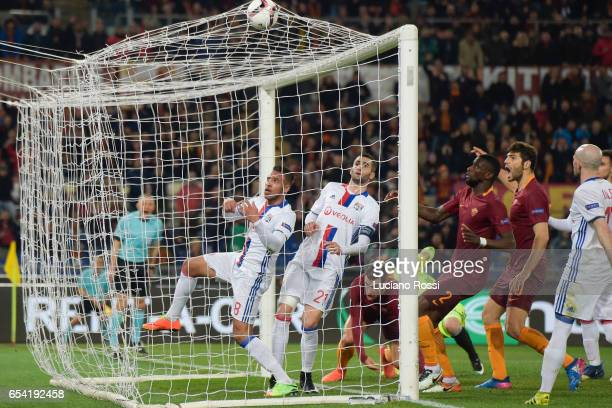 Roma player Kevin Strootman scores the goal during the UEFA Europa League Round of 16 second leg match between AS Roma and Olympique Lyonnais at...