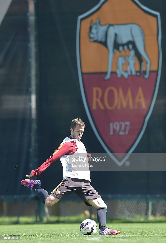 AS Roma player <a gi-track='captionPersonalityLinkClicked' href=/galleries/search?phrase=Miralem+Pjanic&family=editorial&specificpeople=4586190 ng-click='$event.stopPropagation()'>Miralem Pjanic</a> during an AS Roma training session at Centro Sportivo Fulvio Bernardini on April 8, 2015 in Rome, Italy.