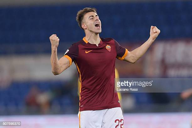 Roma player Stephan El Shaarawy celebrates the goal during the Serie A match between AS Roma and Frosinone Calcio at Stadio Olimpico on January 30...