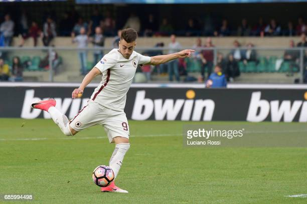 Roma player Stephan El Shaarawy scores the goal during the Serie A match between AC ChievoVerona and AS Roma at Stadio Marc'Antonio Bentegodi on May...