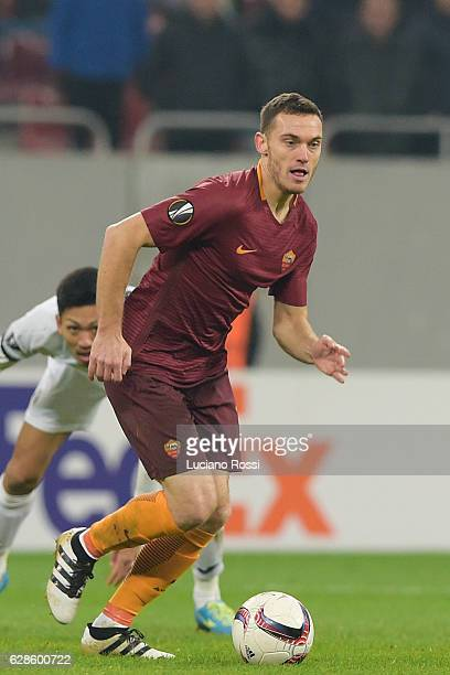 Roma player Thomas Vermaelen during the UEFA Europa League match between FC Astra Giurgiu and AS Roma at on December 8 2016 in Bucharest
