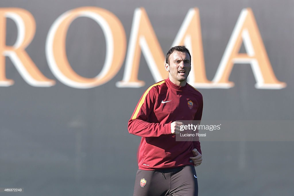 AS Roma player <a gi-track='captionPersonalityLinkClicked' href=/galleries/search?phrase=Vasilis+Torosidis&family=editorial&specificpeople=4542702 ng-click='$event.stopPropagation()'>Vasilis Torosidis</a> during the training session at Centro Sportivo Fulvio Bernardini on March 6, 2015 in Rome, Italy.
