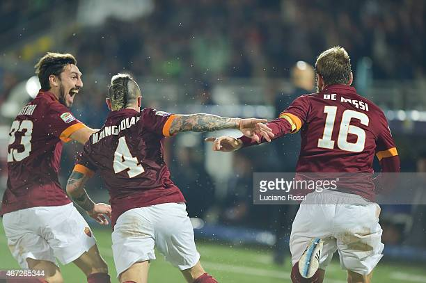 Roma players celebrate after the goal scored by Daniele De Rossi during the Serie A match between AC Cesena and AS Roma at Dino Manuzzi Stadium on...