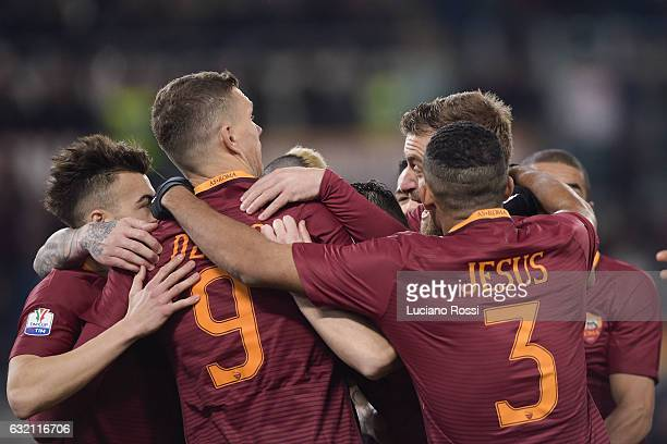 Roma players celebrate the goal during the TIM Cup match between AS Roma and UC Sampdoria at Stadio Olimpico on January 19 2017 in Rome Italy