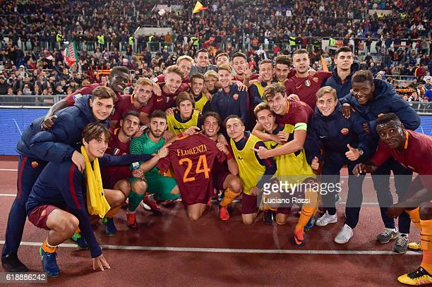 Roma players celebrate with Florenzi shirt after the Primavera Supercup match between AS Roma and FC Internazionale at Olimpico Stadium on October 28...