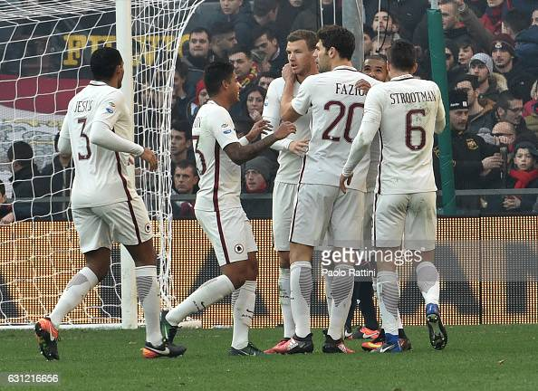 Roma players celebrates after scoring a goal 01 during the Serie A match between Genoa CFC and AS Roma at Stadio Luigi Ferraris on January 8 2017 in...