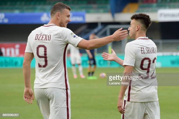 Roma players Edin Dzeko and Stephan El Shaarawy celebrate during the Serie A match between AC ChievoVerona and AS Roma at Stadio Marc'Antonio...