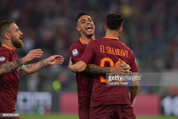Roma players Stephan El Shaarawy Emerson Palmieri and Daniele De Rossi celebrate the goal during the Serie A match between AS Roma and Juventus FC at...