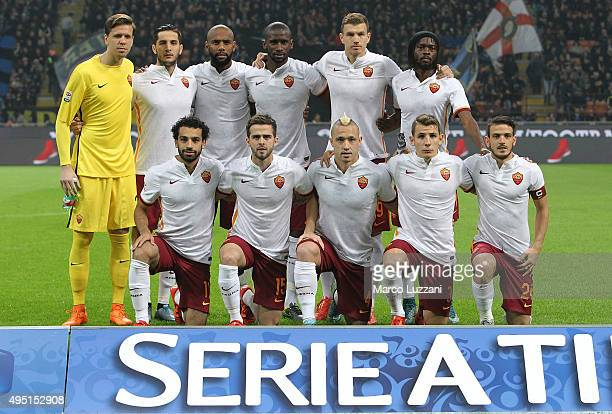 Roma team line up before the Serie A match between FC Internazionale Milano and AS Roma at Stadio Giuseppe Meazza on October 31 2015 in Milan Italy