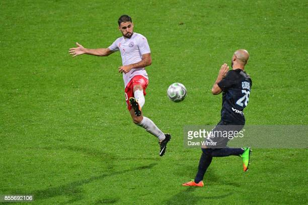 Romain Del Castillo of Nimes and Idriss Ech Chergui of Paris FC during the Ligue 2 match between Paris FC and Nimes on September 29 2017 in Paris...