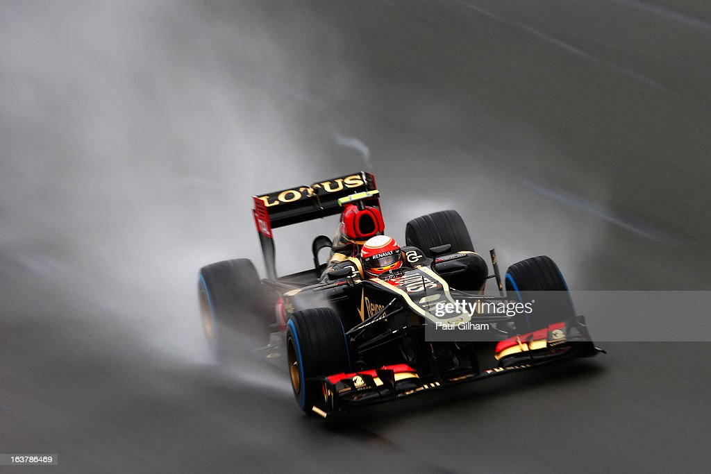 <a gi-track='captionPersonalityLinkClicked' href=/galleries/search?phrase=Romain+Grosjean&family=editorial&specificpeople=4858519 ng-click='$event.stopPropagation()'>Romain Grosjean</a> of France and Lotus drives during qualifying for the Australian Formula One Grand Prix at the Albert Park Circuit on March 16, 2013 in Melbourne, Australia.