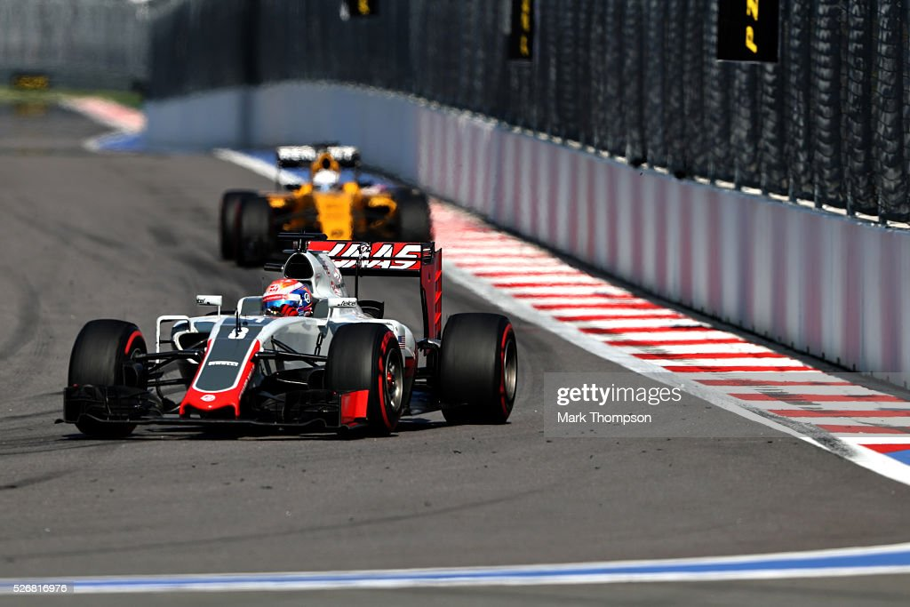 <a gi-track='captionPersonalityLinkClicked' href=/galleries/search?phrase=Romain+Grosjean&family=editorial&specificpeople=4858519 ng-click='$event.stopPropagation()'>Romain Grosjean</a> of France driving the (8) Haas F1 Team Haas-Ferrari VF-16 Ferrari 059/5 turbo on track during the Formula One Grand Prix of Russia at Sochi Autodrom on May 1, 2016 in Sochi, Russia.