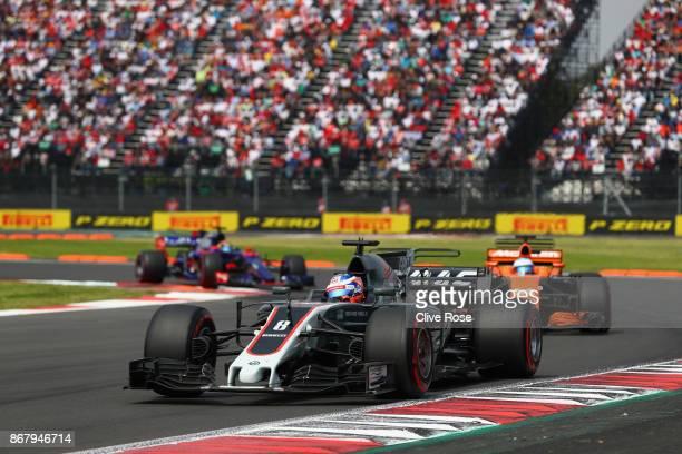 Romain Grosjean of France driving the Haas F1 Team HaasFerrari VF17 Ferrari on track during the Formula One Grand Prix of Mexico at Autodromo...