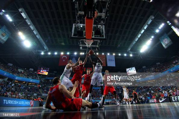 Romain Sato #10 of Panathinaikos Athens competes with Viktor Khryapa #31 of CSKA Moscow during the Turkish Airlines EuroLeague Final Four Semi Final...