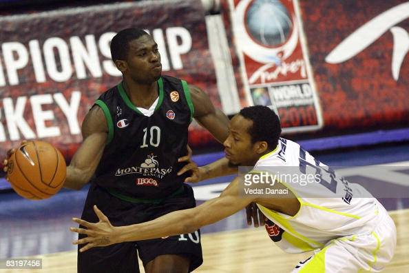 Romain Sato of Montepaschi Siena in action during the Euroleague Basketball Quarterfinal Playoffs Game 2 between Fenerbahce Ulker Istanbul vs...