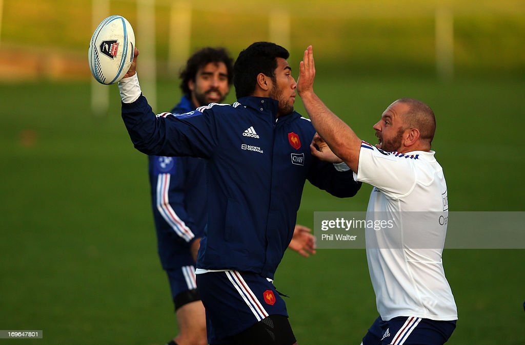 Romain Taofifenua of France passes during a France rugby training session at Onewa Domain on May 30, 2013 in Takapuna, New Zealand.