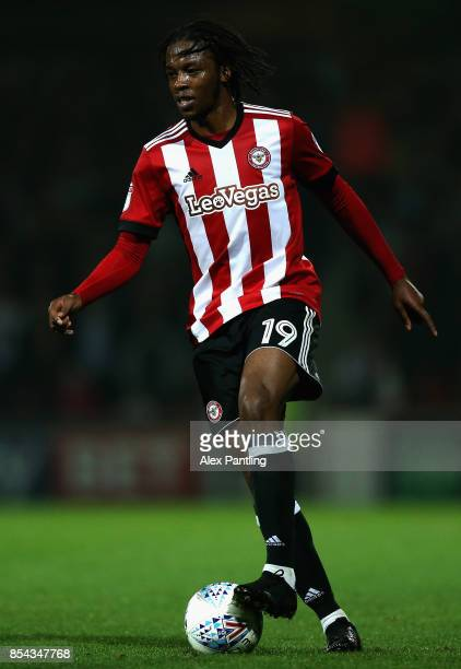Romaine Sawyers of Brentford in action during the Sky Bet Championship match between Brentford and Derby County at Griffin Park on September 26 2017...