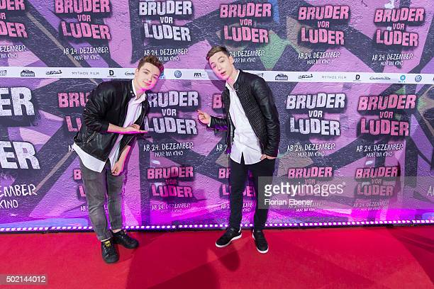 Roman and Heiko Lochmann alias 'DieLochis' attend the premiere for the film 'Bruder vor Luder' at Cinedom on December 20 2015 in Cologne Germany