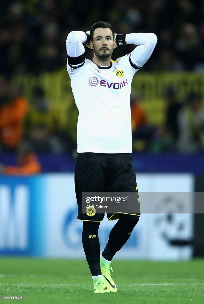 Roman Buerki of Borussia Dortmund reacts after the UEFA Champions League group H match between Borussia Dortmund and APOEL Nikosia at Signal Iduna Park on November 1, 2017 in Dortmund, Germany.